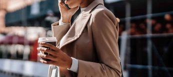 Los inmigrantes gastan un 40% más de teléfono móvil que la media española