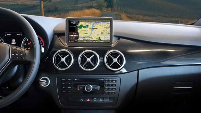 Los Mercedes Clase C integrarán GPS con reconocimiento de voz