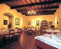 Restaurante_Palacio_de_Cutr.jpg