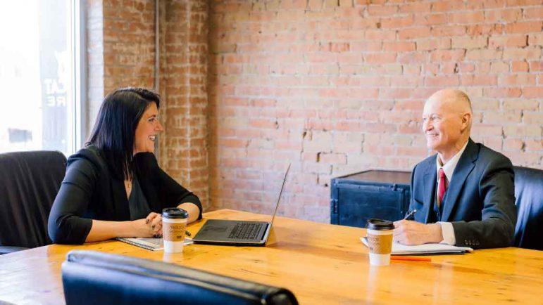 Los directivos que hablan claro consiguen mayor compromiso de sus empleados