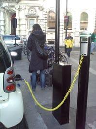 car_recharging_1.jpg