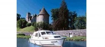 Turismo fluvial en Francia por la Borgoña