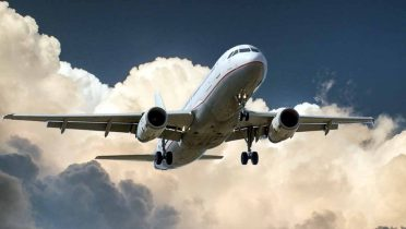 Consejos prácticos para viajar en avión este verano