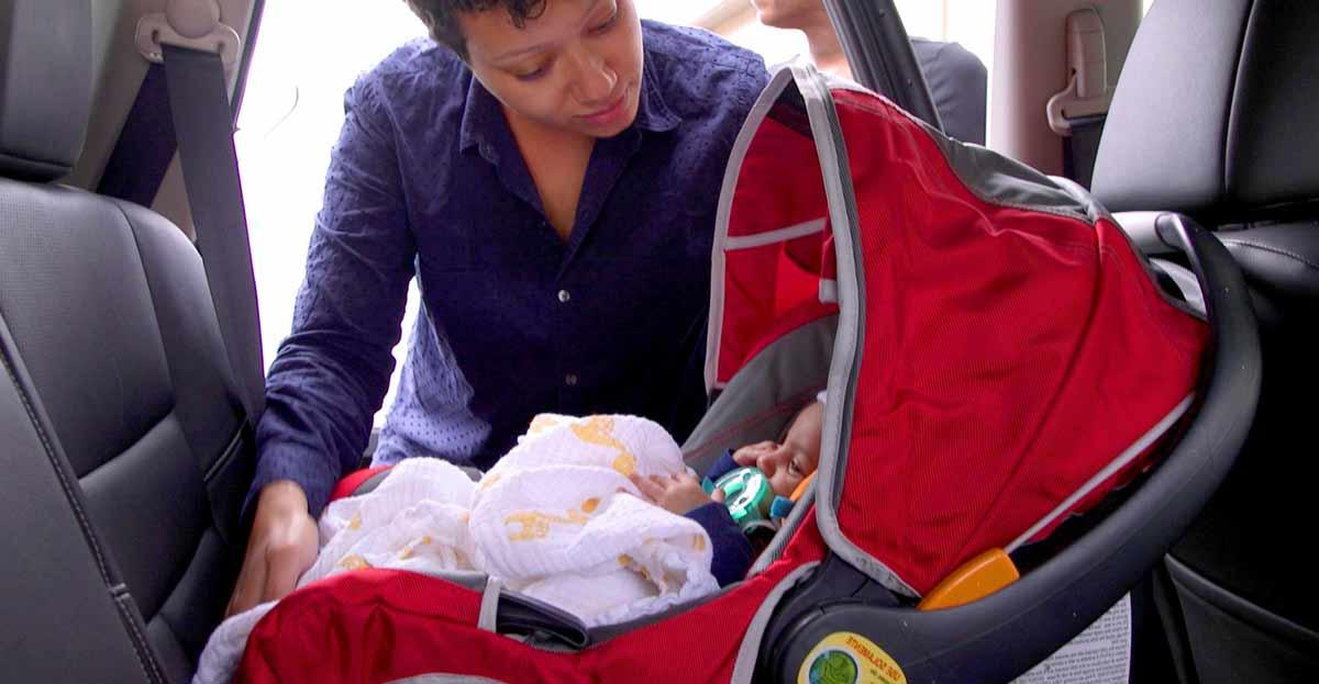 Casi la mitad de los menores viaja en el coche sin las medidas de seguridad necesarias