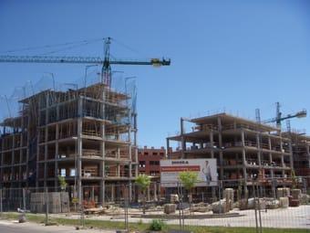 El precio medio de la vivienda nueva baja un 6,6% en 2008