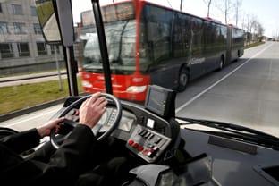 El negocio del transporte de viajeros mantiene la rentabilidad aumentando precios.