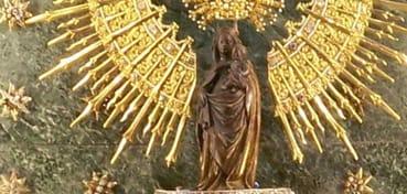 Más de 450 calles homenajean la Virgen del Pilar