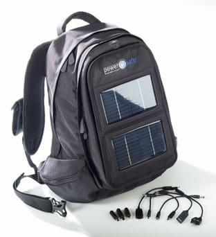 Mochila solar que vale para cargar el móvil, la PDA, el iPod, la cámara de fotos...