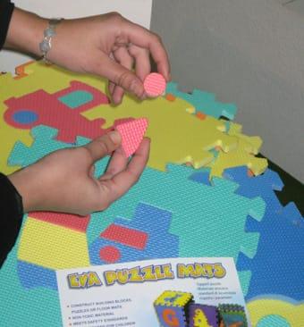 El Puzzle alfombra Eva, un juguete ilegal, se sigue vendiendo en Andalucía
