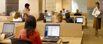 Trabajadores de vuelta a la oficina en el mes de septiembre tras las vacaciones del verano.