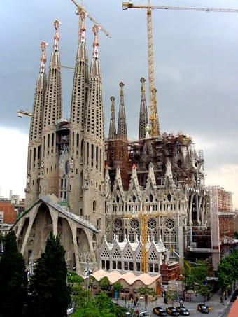 Tecnología en 3D para finalizar los capiteles de la Sagrada Familia