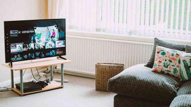 Cuando las manos controlan la TV y los contenidos