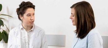 Un manual responde las dudas de los pacientes de cáncer colorrectal
