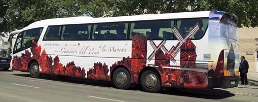 Viaje al corazón de La Mancha con el Bus del Vino