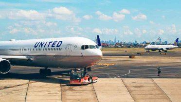 La normativa europea obliga a las compañías aéreas a ofrecer al usuario el precio final del billete