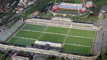 El estadio más grande de fútbol está en Praga