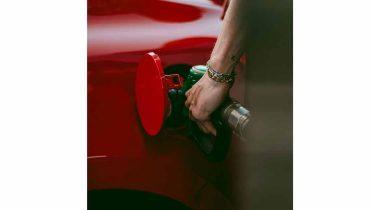 Cómo controlar el gasto de combustible en las empresas