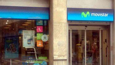 Movistar aplica una comisión por cobrar las facturas en ventanilla