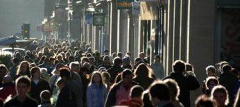 Gente en la calle.