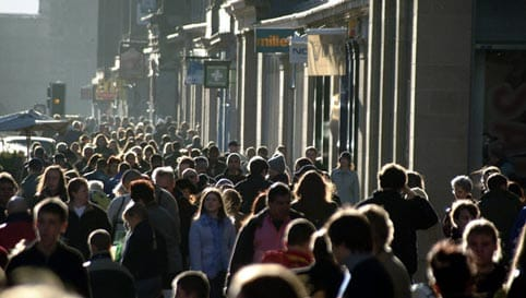 Personas en una calle.