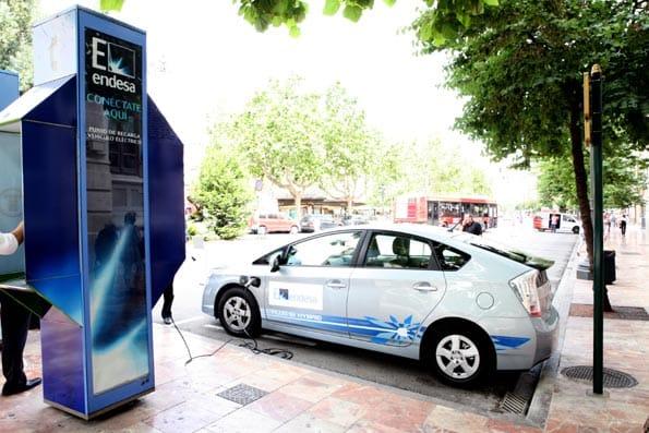 Cabina de recarga de Endesa, para vehículos eléctricos.