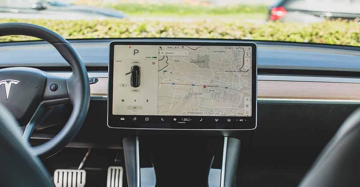 El navegador para coche más completo hasta elige las canciones según tu estado de ánimo
