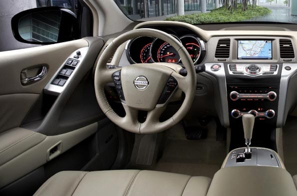Nissan Murano diésel interior