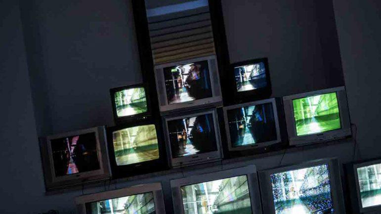 Se buscan profesionales para subtitular en TV