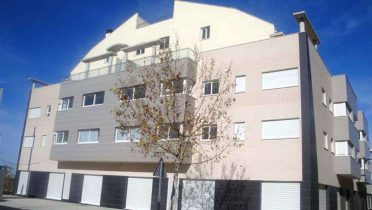 La Caixa pone en alquiler con la SPA 2.400 viviendas
