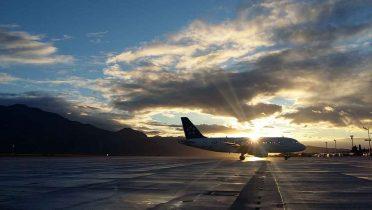 Los controladores paran el tráfico aéreo tras aprobarse la nueva gestión de los aeropuertos