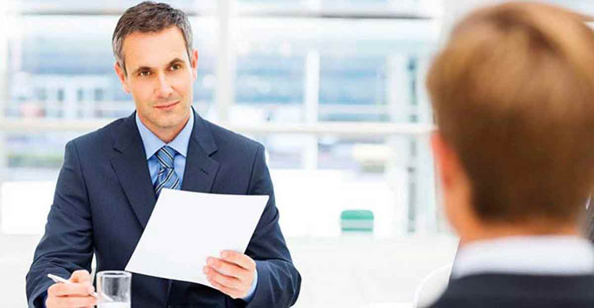 Cómo destacar en una entrevista de trabajo de la multitud de candidatos