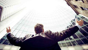 El español es poco emprendedor, teme los riesgos y prefiere un sueldo fijo