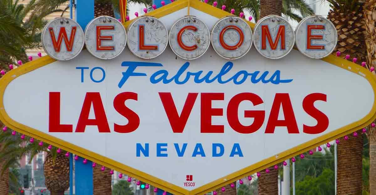 Cásate en Las Vegas con una boda con Elvis por 370 euros