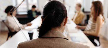 Cada hora nueve madres trabajadoras sufren casos de exclusión laboral