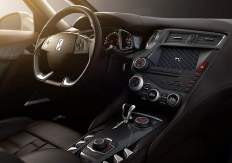 Interior del Citroen DS5.