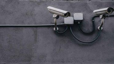 Las empresas de alarmas y sistemas de seguridad se reparten 2.000 millones de euros