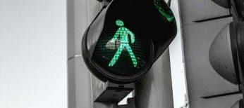 Ya existen las señales inteligentes que se adaptan a la situación del tráfico