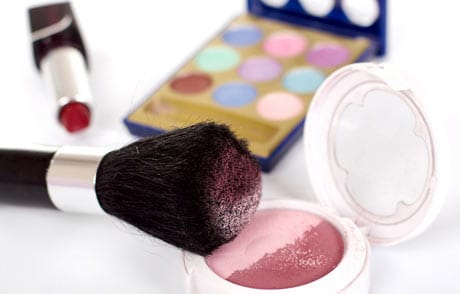 Productos cosméticos para la belleza de la mujer.