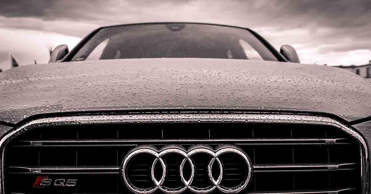 El Príncipe visita la fábrica del Audi Q3 en Martorell, que emplea a 700 personas