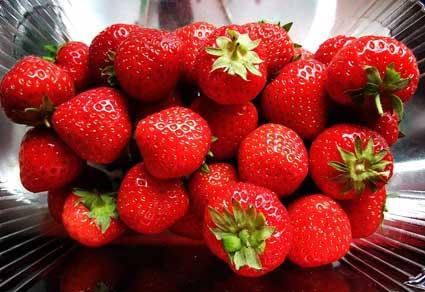 Las fresas son buenas para prevenir los efectos del alcohol.