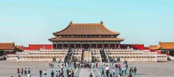 Los chinos se lanzan a comprar fuera de su país artículos de lujo en tiendas 'duty free' para pagar menos impuestos