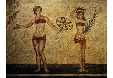Mosaico de mujeres de la antigua Roma.