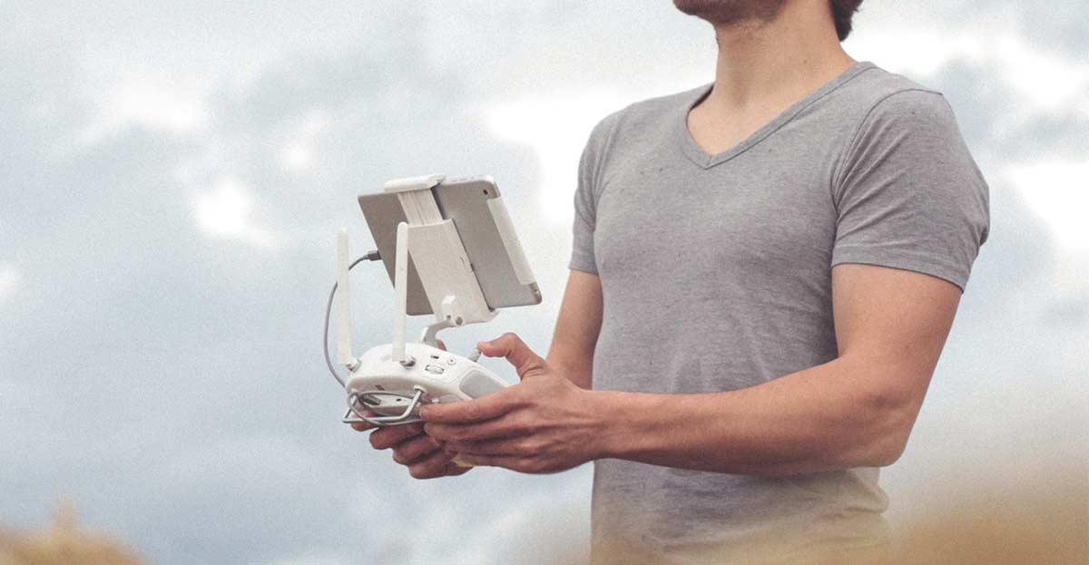 Convierte tu móvil en un mando para coches teledirigidos