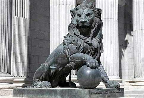 El león del Congreso, símbolo de la protección.