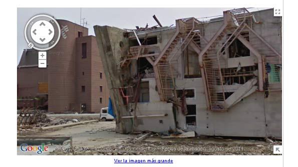 Escombros y edificios derruidos cerca de la central nuclear de Fukushima, en Japón.