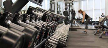 Si te has propuesto apuntarte al gimnasio, sigue estos consejos para no perder dinero en vez de kilos