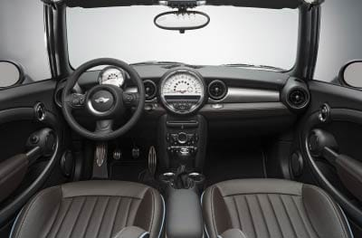 Interior del Mini Cabrio Highgate.