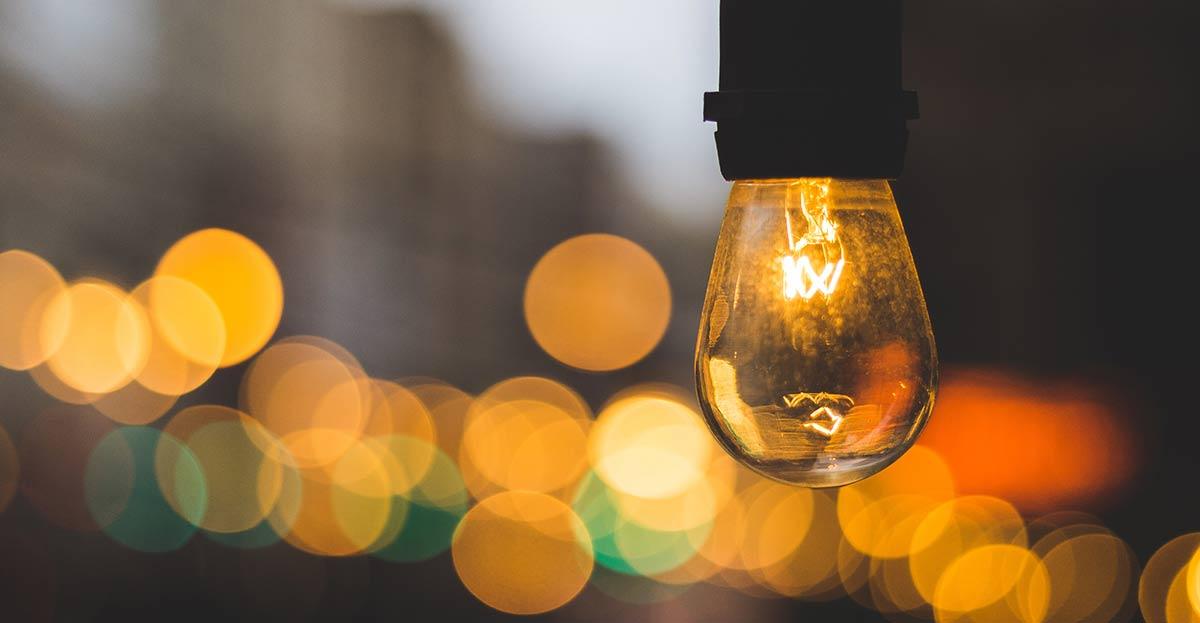 Detenido un electricista por manipular contadores de la luz en domicilios y comercios para pagar hasta un 90% menos