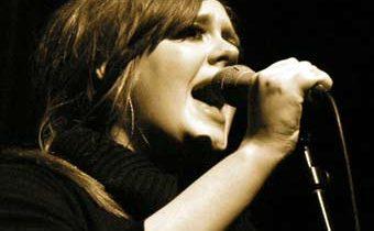 El disco de Adele '21' se convierte en el más vendido de la década