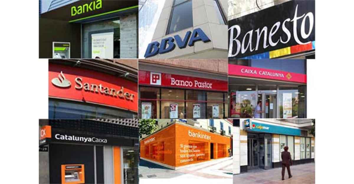 Conjunto de carteles de bancos y cajas.